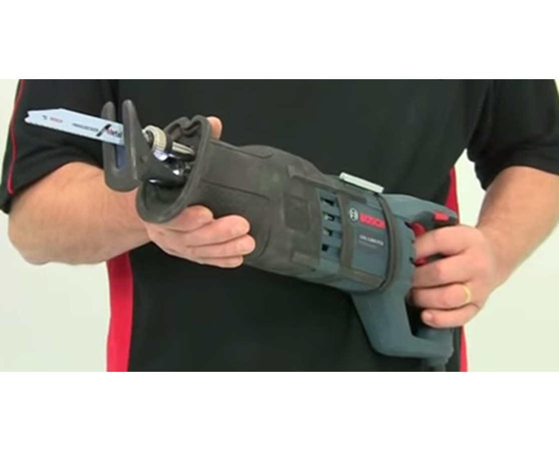 Bosch PS60-2A 12V Max Cordless Lithium-Ion Pocket Reciprocating Saw BOSPS60-2A