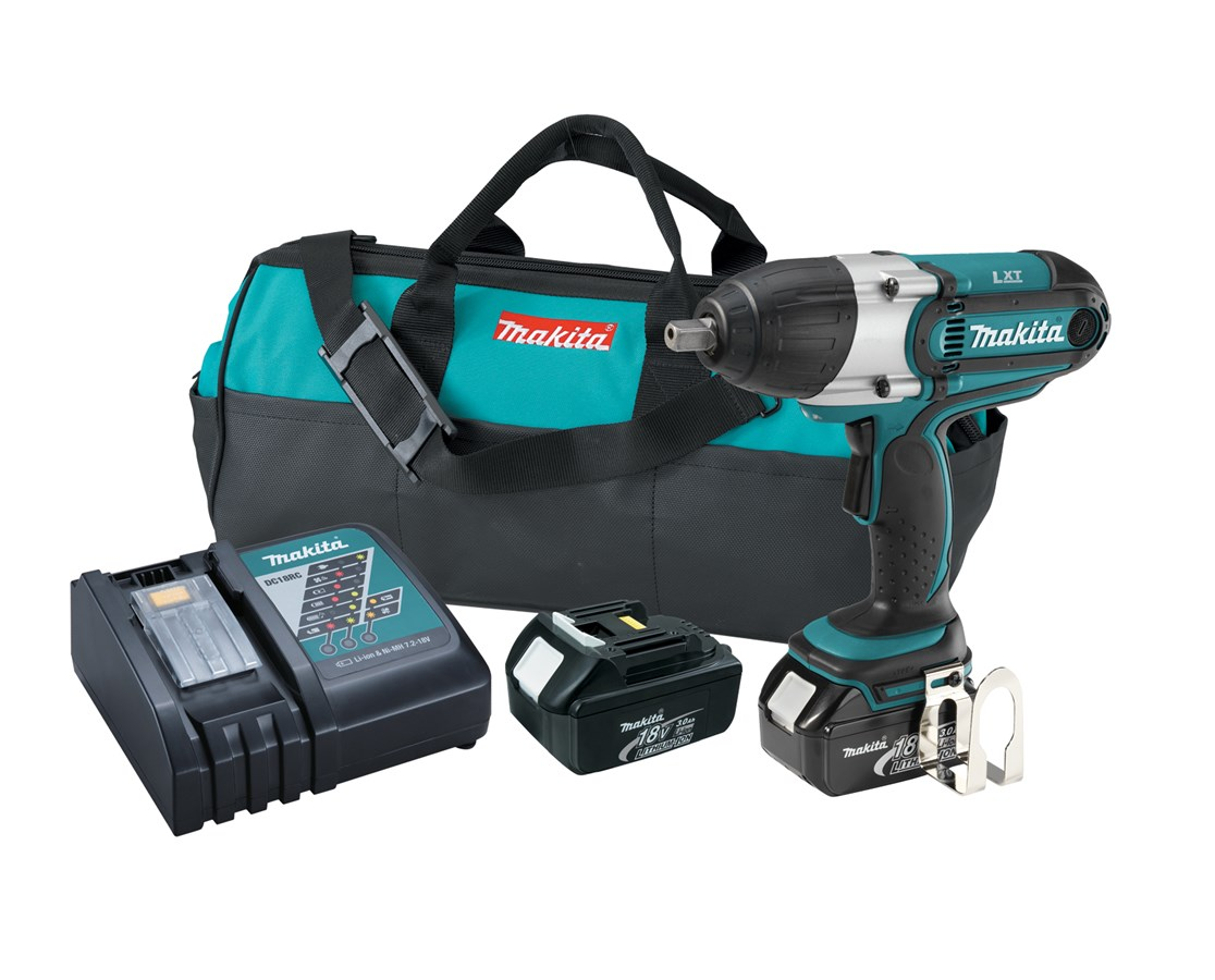"Makita BTW450 18V LXT Lithium-Ion Cordless 1/2"" High Torque Impact Wrench Kit MAKBTW450"