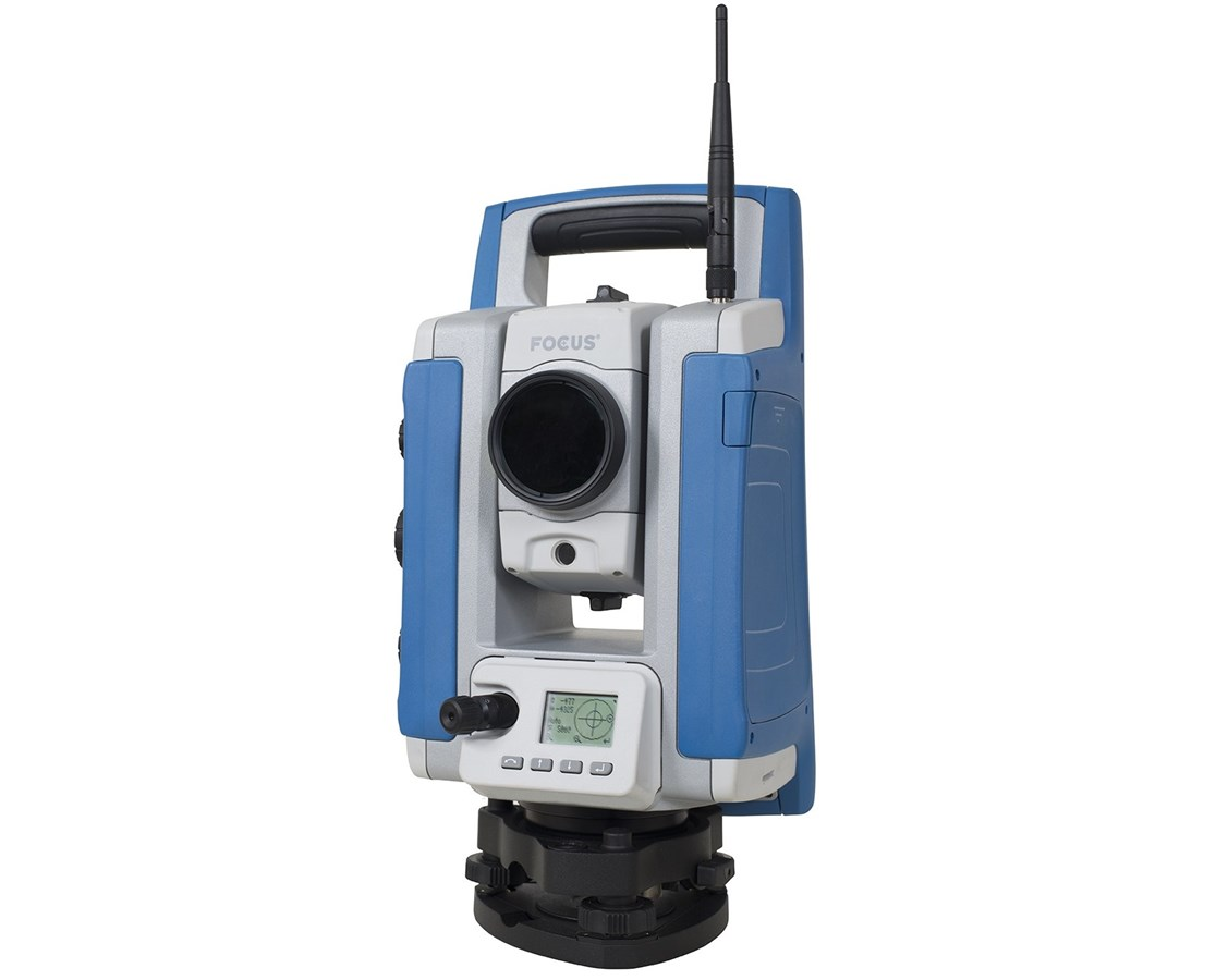 Spectra Focus 35 3 Second Total Station with Universal Charger  SPESUMR-35003